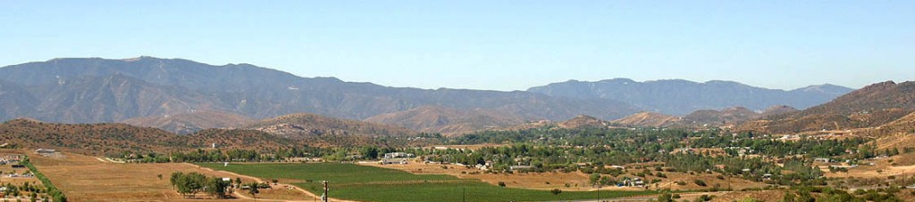 Agua Dulce homes, real estate and valley