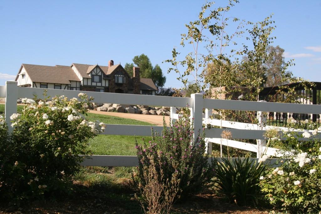 Agua Dulce CA Real Estate home picture