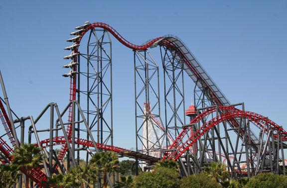 Valencia Six Flags Magic Mountain roller coaster