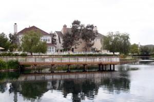 Valencia Bridgeport lake and jetty