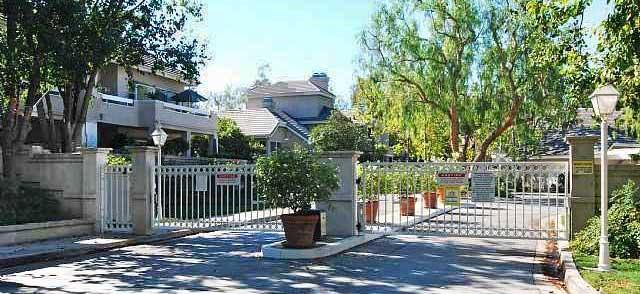 Arbor Park Valencia CA