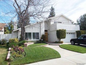 25682 Estoril Street Valencia CA 91355