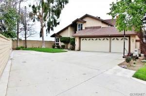 23305 Tristin Drive Valencia CA 91355